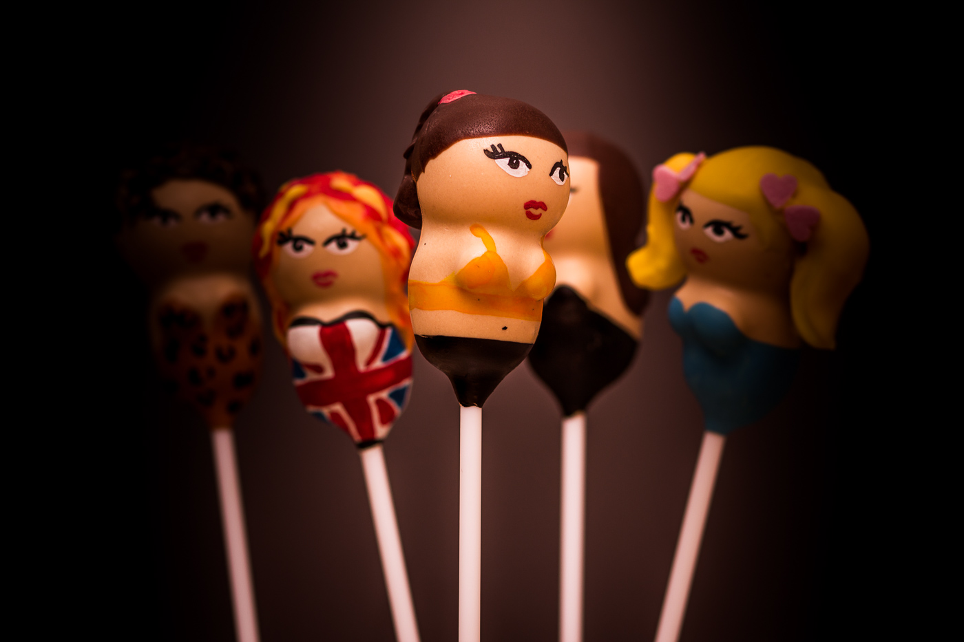 Sporty Spice cake pop
