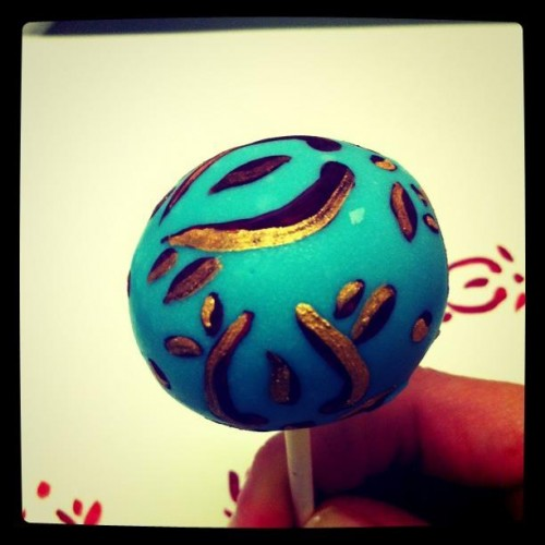 Indian henna design cake pop