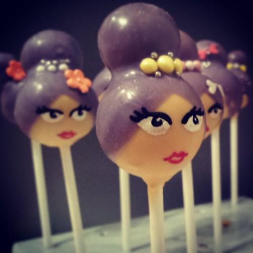 diva cake pop
