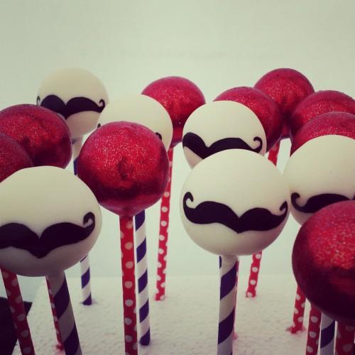 Moustache cake pops