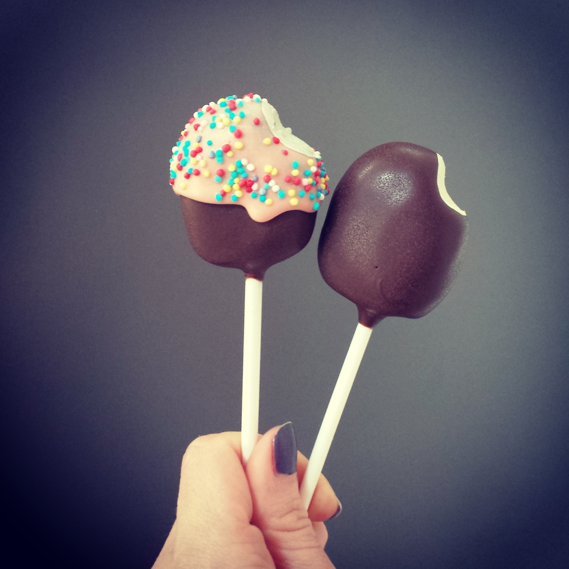 Ice lolly cake pops