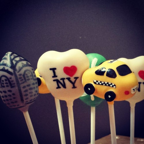 New York cake pops